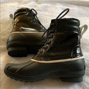 Rain boots or snow